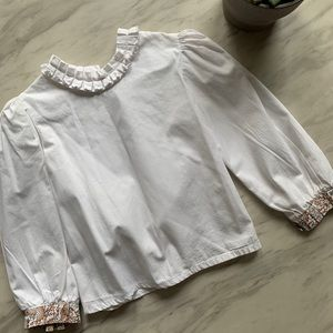 Other - 100% Cotton blouse with ruffled collar